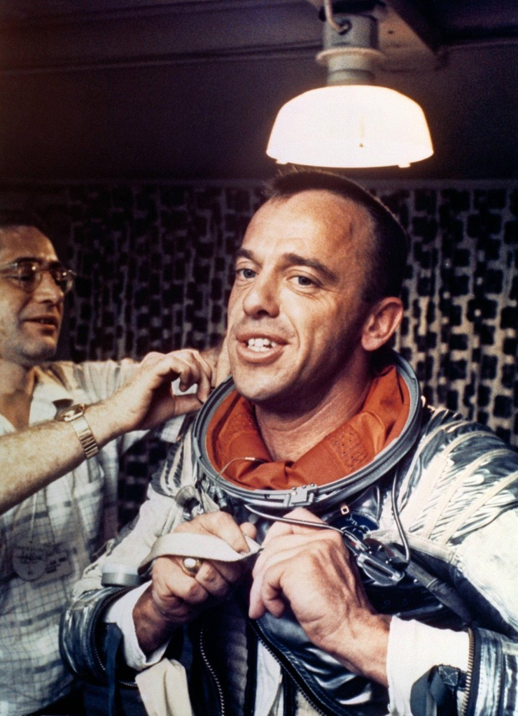 Alan-Shepard-Americas-first-man-in-space-puts-on-his-Navy-Mark-IV-spacesuit