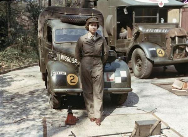 Queen-Elizabeth-during-her-WWII-service